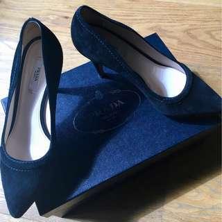 Prada Court Heel - Black Suede size 37