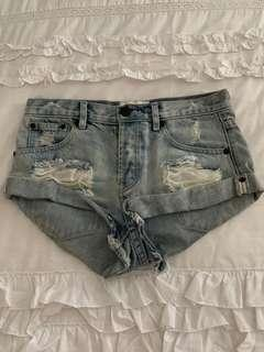 One teaspoon shorts
