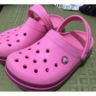 Crocs female kids size J3 (10-11 years old)
