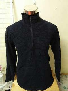 Uniqlo fleece hiking jacket / baju sejuk