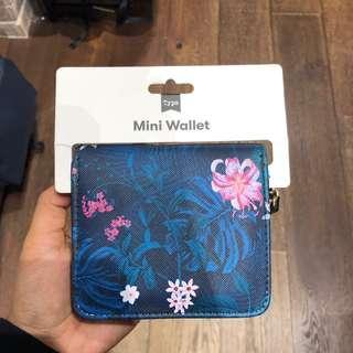 Typo Mini Wallet