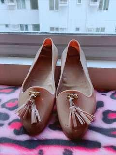 Fashionable Beige jelly shoes