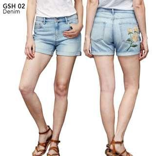 GAP ORIGINAL light denim with vintage flower short hot pants banyak size