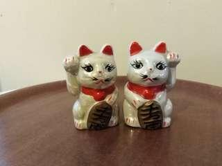 Pair of Japanese fortune Cats