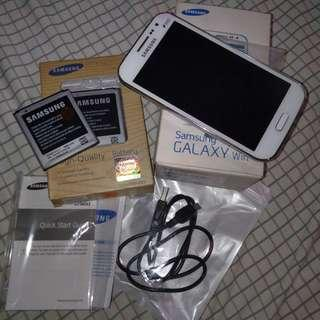 Samsung galaxy win with 2 orig batteries