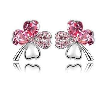 4 Leaf Clover Flower Earrings use Austrian Crystal with Free Shipping