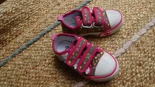 #onlinesale Sepatu anak merk Trace