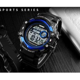 Electronic Chronograph Digital Watch Calendar Alarm Men Sport Watches with Free Shipping