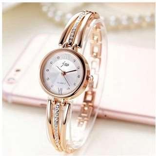 Fashion Round Dial Rhinestones Alloy Lady Bracelet Bangle Women Dress Quartz Watch with Free Shipping