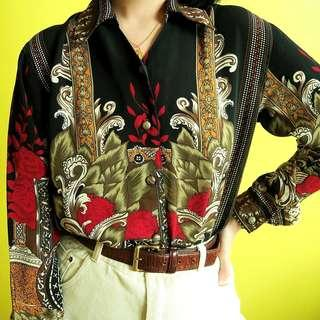 Vintage blouse with rose patterns