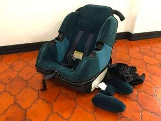 FREE Sit and Stroll Car Seat