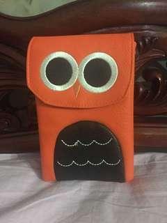 Owl face sling bag