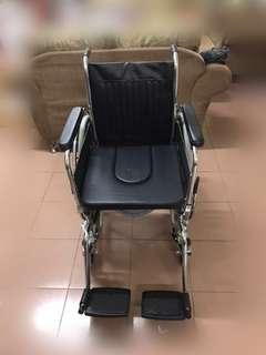 Commode wheelchair DAF