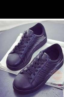 Ready stock black shoes