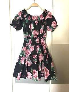 Off shoulder floral cotton dress (cut-label)