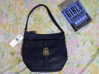 Tommy Hilfiger Navy Purse Hobo Shoulder Bag/ 101% Authentic/Brandnew