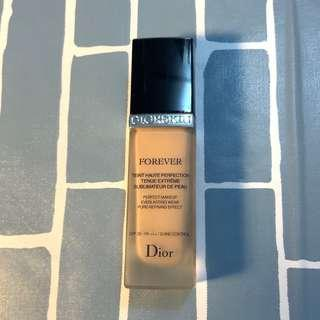 Dior Diorskin Forever Perfection Liquid Foundation SPF 35