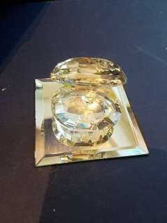 宏利紀念水晶珍珠蚌