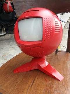 Retro tv merah.. antik