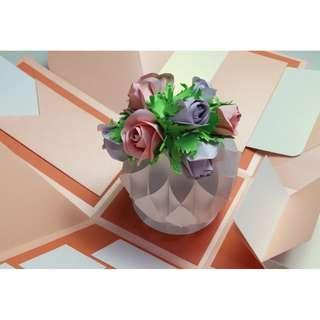 Mega Pink and Beige Roses Explosion Gift Box [Limited Edition]