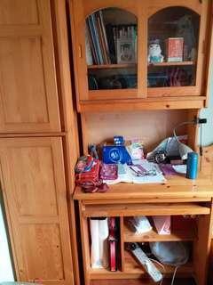 書枱連衣櫃