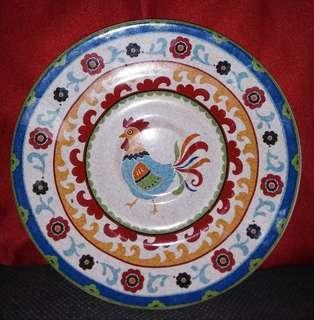 Piring motif ayam