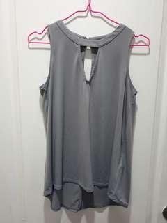 Casual gray top