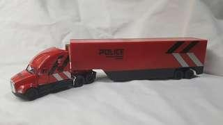 1:68 Kenworth 5700 diecast and plastic SPF models