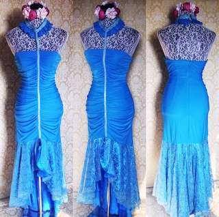 lacey gown