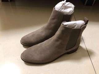 🚚 Superdry 女款 Millie-Lou Chelsea 麂皮短靴