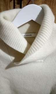 Sweater kolaborasi #lemaire
