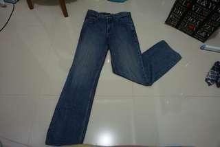 Jeans wanita louis original