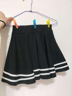 🚚 黑白條紋褲裙