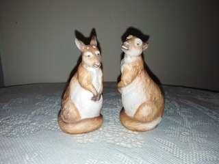 Pair of Kangaroo salt & pepper shakers
