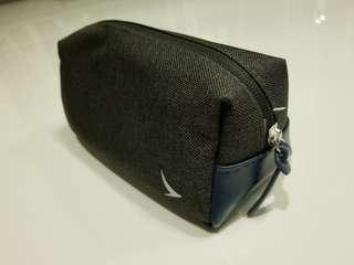 Cathay business class bag