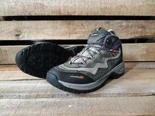 Sepatu Gunung Second Mountia Original Size 41 Kondisi Bagus Mulus No Minus