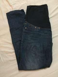 H&M XXL maternity plus size skinny jeans #PRECNY60