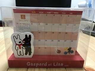 🚚 全新誠品購入2006 Gaspard et Lisa 卡斯柏 麗莎 桌上型 底座木製月曆calendar  日本製