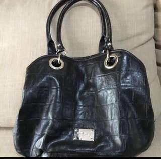 (SALE) Shoulder Bag Nine West Hitam