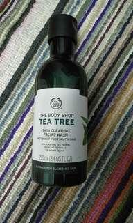 The Body Shop Tea Tree Facial Cleanser 250ml