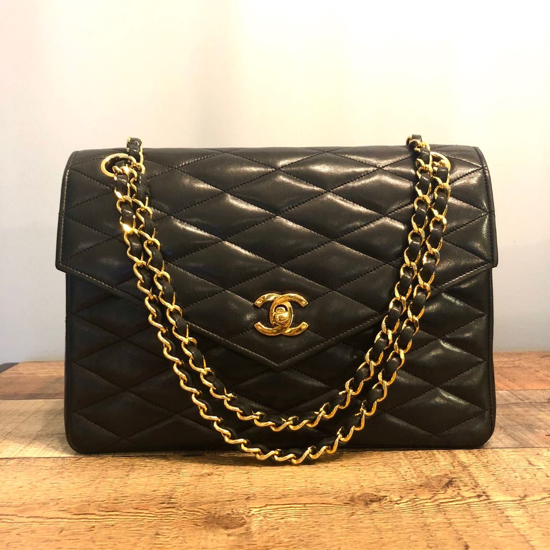 3978226fc6b4 Authentic Chanel Limited Edition Diamond Quilted Classic Flap Bag ...