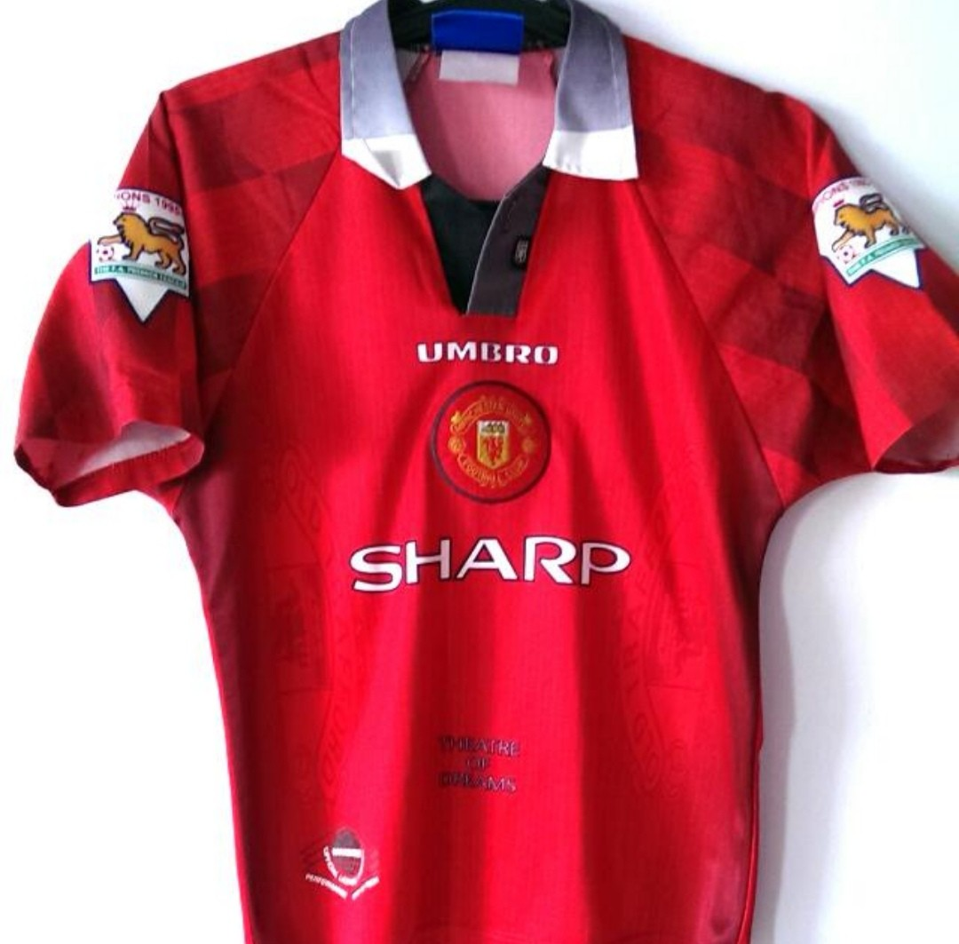 d20be665b Authentic Umbro Manchester United Home Size 1996 Size Youth Large ...