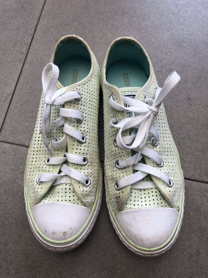 e10fa7511613d5 Converse Shoes sneakers for girls (size 3)