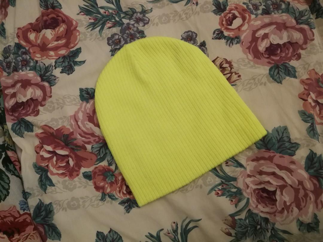 FOREVER 21 Neon Yellow Beanie bde7514e24e