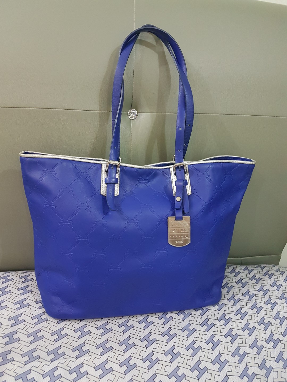 Longchamp Leather Tote Bag, Women s Fashion, Bags   Wallets ... 21db06e79a