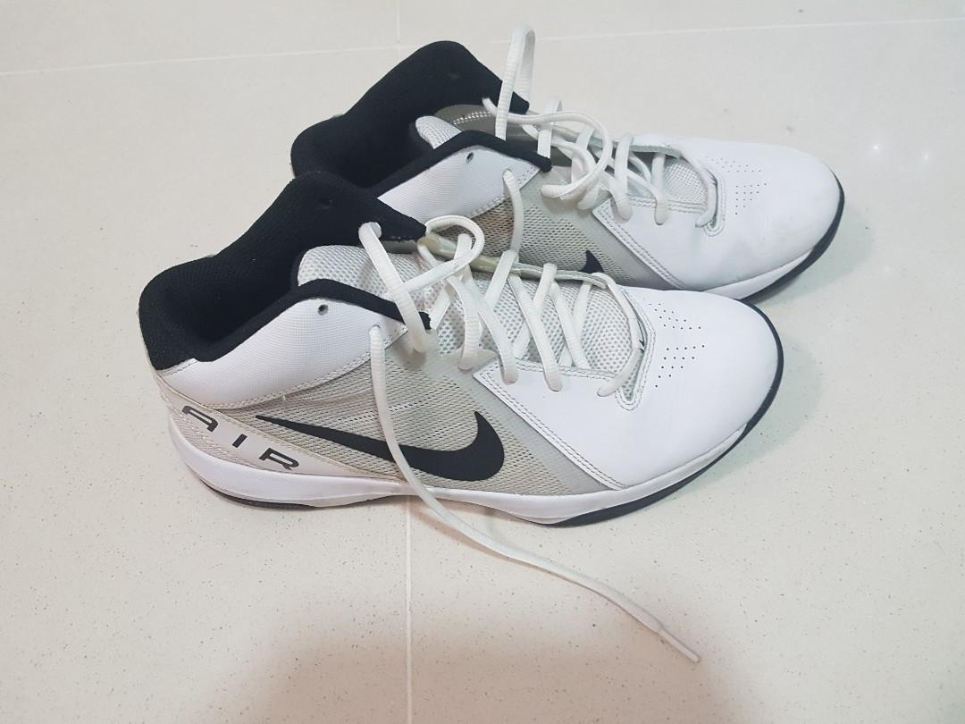 eri tavalla New York klassiset kengät Nike basketball shoes size 43, Men's Fashion, Footwear ...