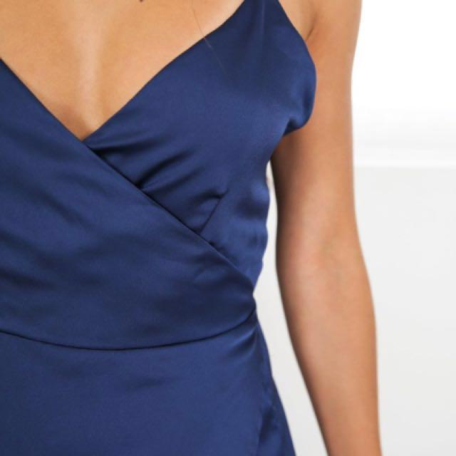 SHOWPO MIDNIGHT BLUE COUNTESS DRESS SIZE 6/XS - BRAND NEW WITH TAGS