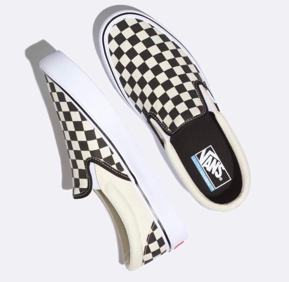 b53b752f99 VANS - Checkerboard Slip-On Lite