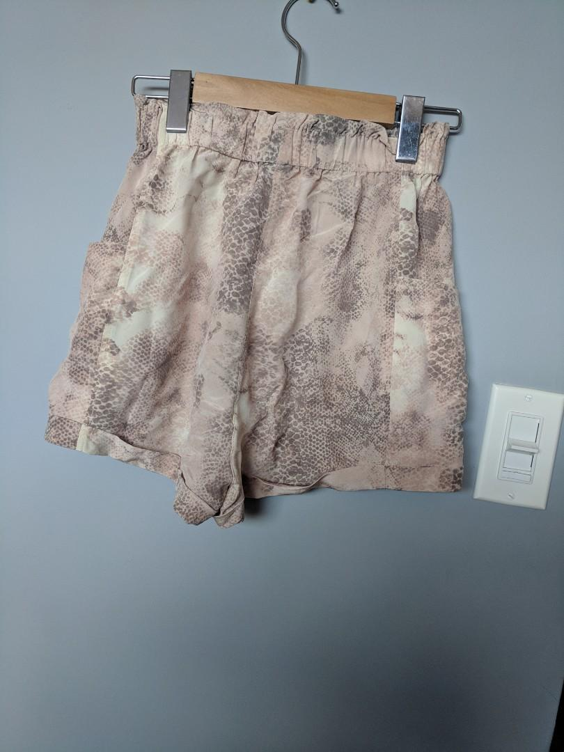Wilfred silk shorts XS