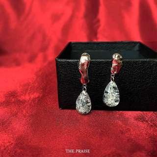 Minimalist silver bing waterdrop earrings